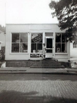 Waldeck's Confectionery was located at 676 E. Sixth Ave. from 1945 to 1952. It was owned and operated by Eddie and Mary Waldeck.