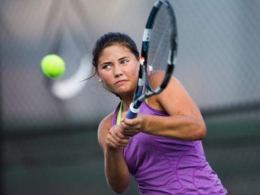 01T.L. Hanna Tennis
