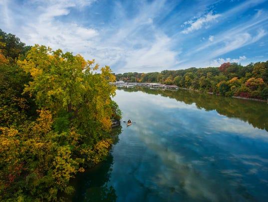 636613010729633015-Fall-Fox-River-Kayak.jpg