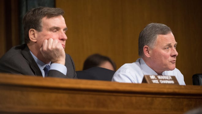 Senate Intelligence Chairman Richard Burr and Vice Chairman Mark Warner at the Jan. 10, 2017, hearing on Russian hacking and the 2016 election.