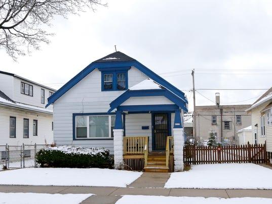 -evict-house.jpg