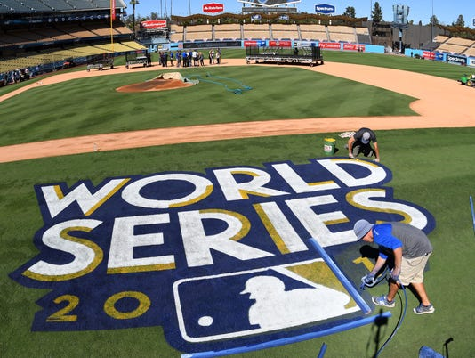 USP MLB: WORLD SERIES-LOS ANGELES DODGERS WORKOUT S BBO USA CA