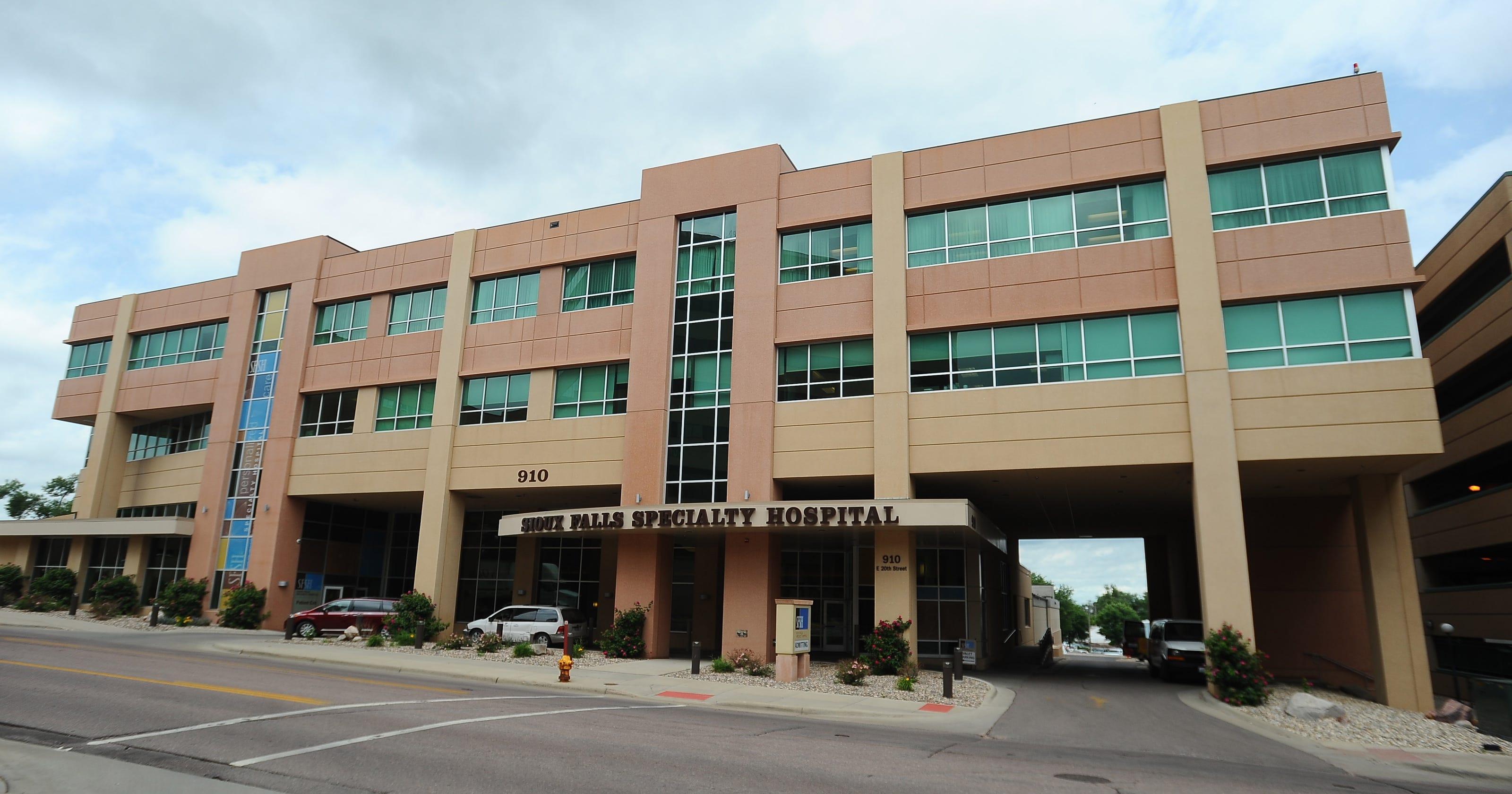 Physician-owned business draws questions about conflicts