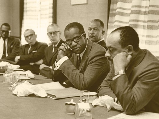 Benjamin Payton chairs a meeting of the Benedict College