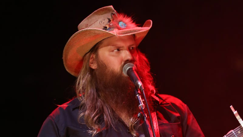 Chris Stapleton returns to CMA Awards after life-changing year