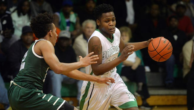 Bossier guard Tyrese English is expected to sign with Southwestern Christian College on Thursday.