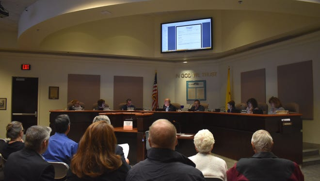 The City Commissioners voted 7-0 to approve a separate violation for failure to comply with Municipal Court Orders.