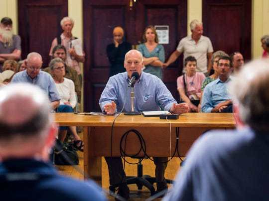 Jeff Nick, chairman of the Church Street Marketplace Commission, speaks in favor of the proposed Burlington Town Center redevelopment project during a meeting of the Burlington Planning Commission in Burlington on Wednesday, July 6, 2016.
