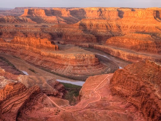 View of the Colorado River at dawn from Dead Horse Point State Park near Moab.