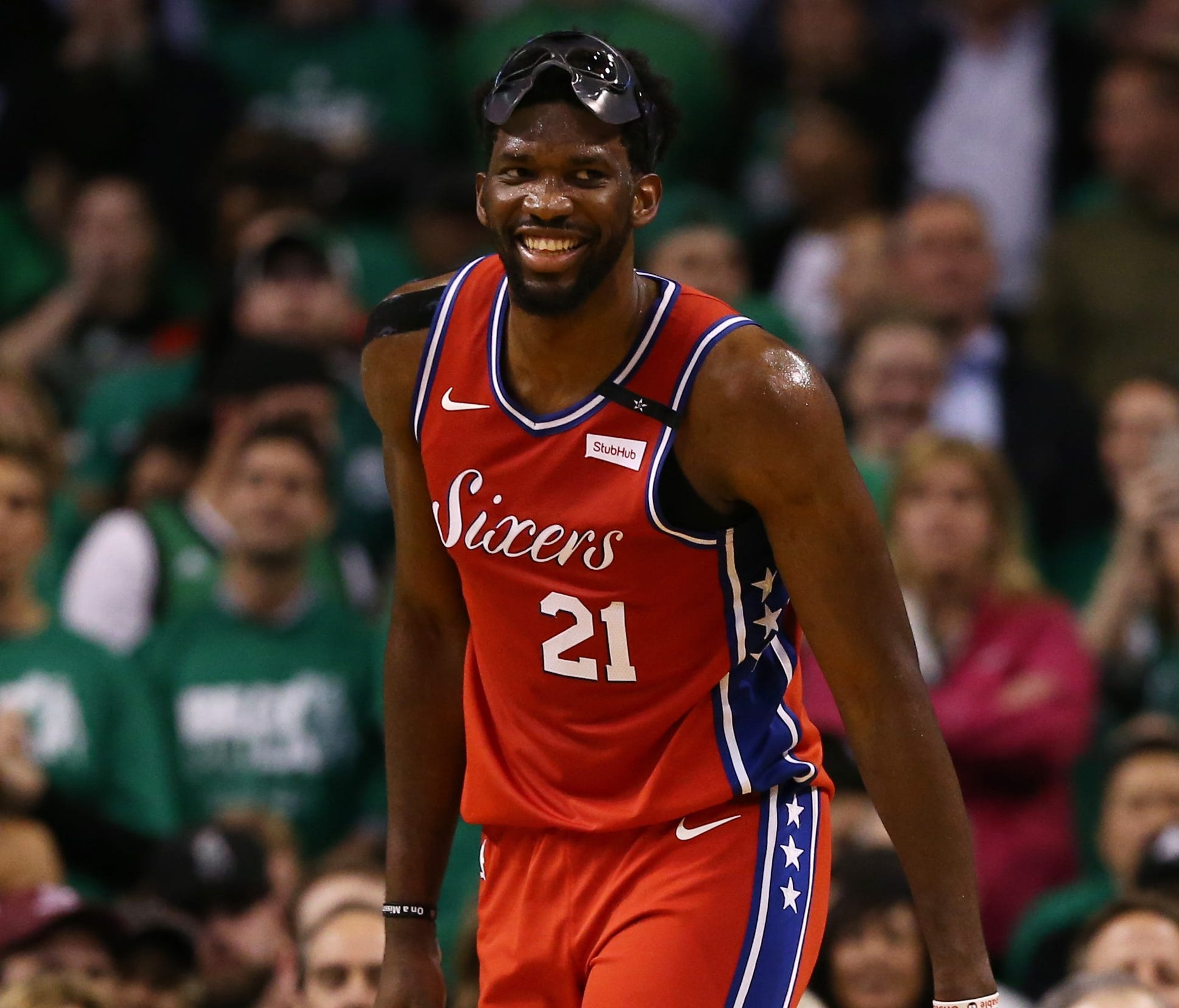 Joel Embiid's game-high 31 points weren't enough for the 76ers in Game 1 against the Celtics.