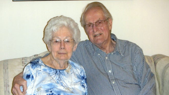 Dorothy G. Newman and Clifford C. Newman in a 2015 family photo taken shortly before Clifford Newman died. Their daughter, Leslie Giresi of Willingboro, followed their end-of-life wishes.