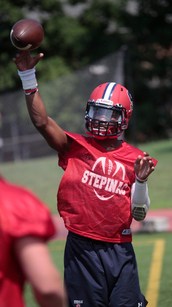 Archbishop Stepinac High School Football's QB Tyquell
