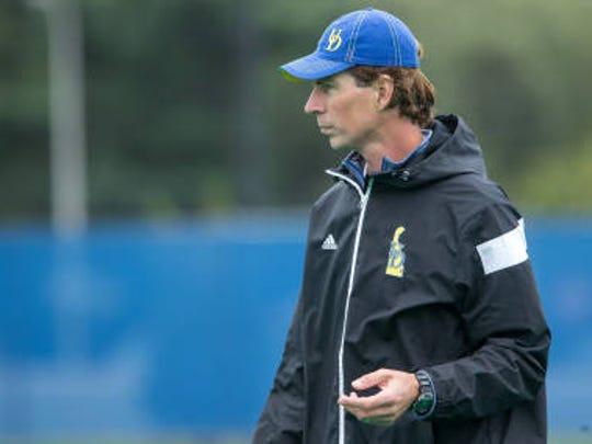 UD field hockey coach Rolf van de Kerkhof