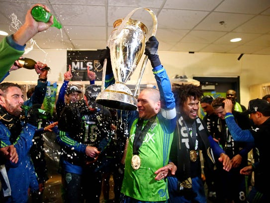 Osvaldo Alonso and the Sounders finally hoisted the