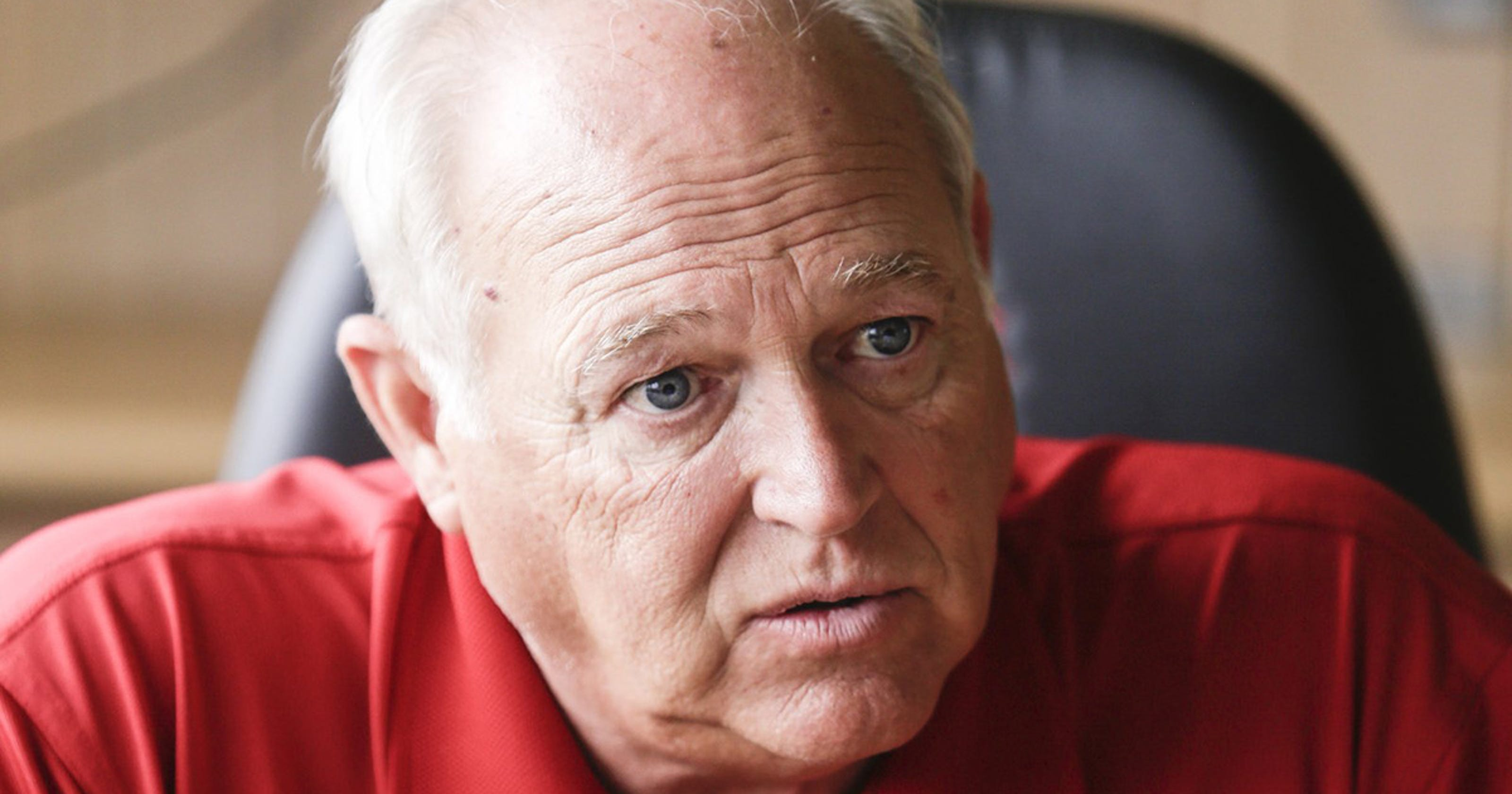 UAW open to including salaried workers in health trust