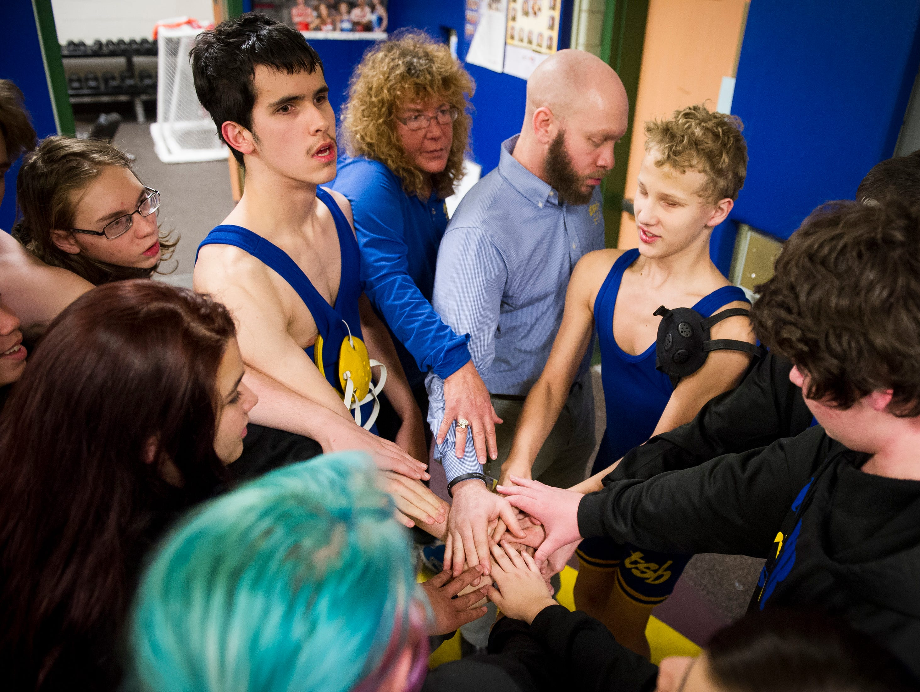 Tennessee School for Blind wrestlers thrive on sport s lessons