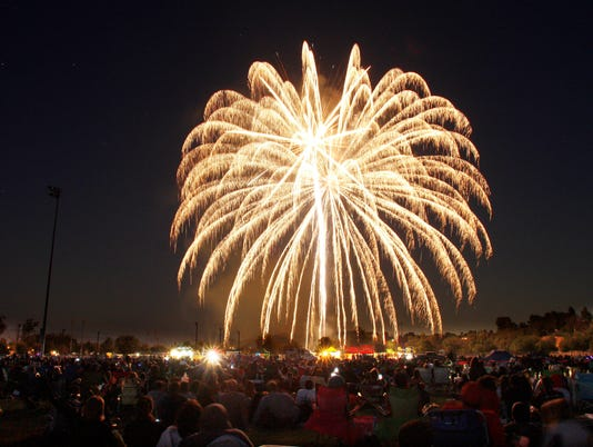 moorpark-fireworks8.JPG