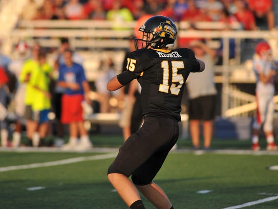 Avon QB Cameron Misner leads the Orioles into a matchup