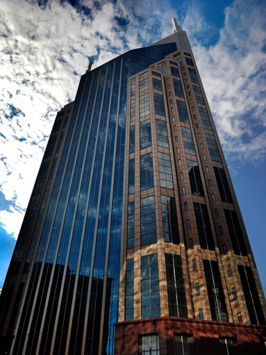 Nashville S Batman Building Seen In A Whole New Light