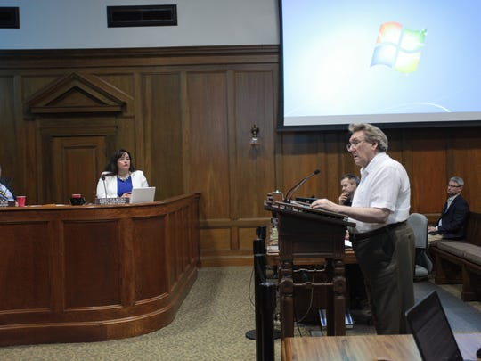 Tim Havens addresses Springfield City Council on Monday,