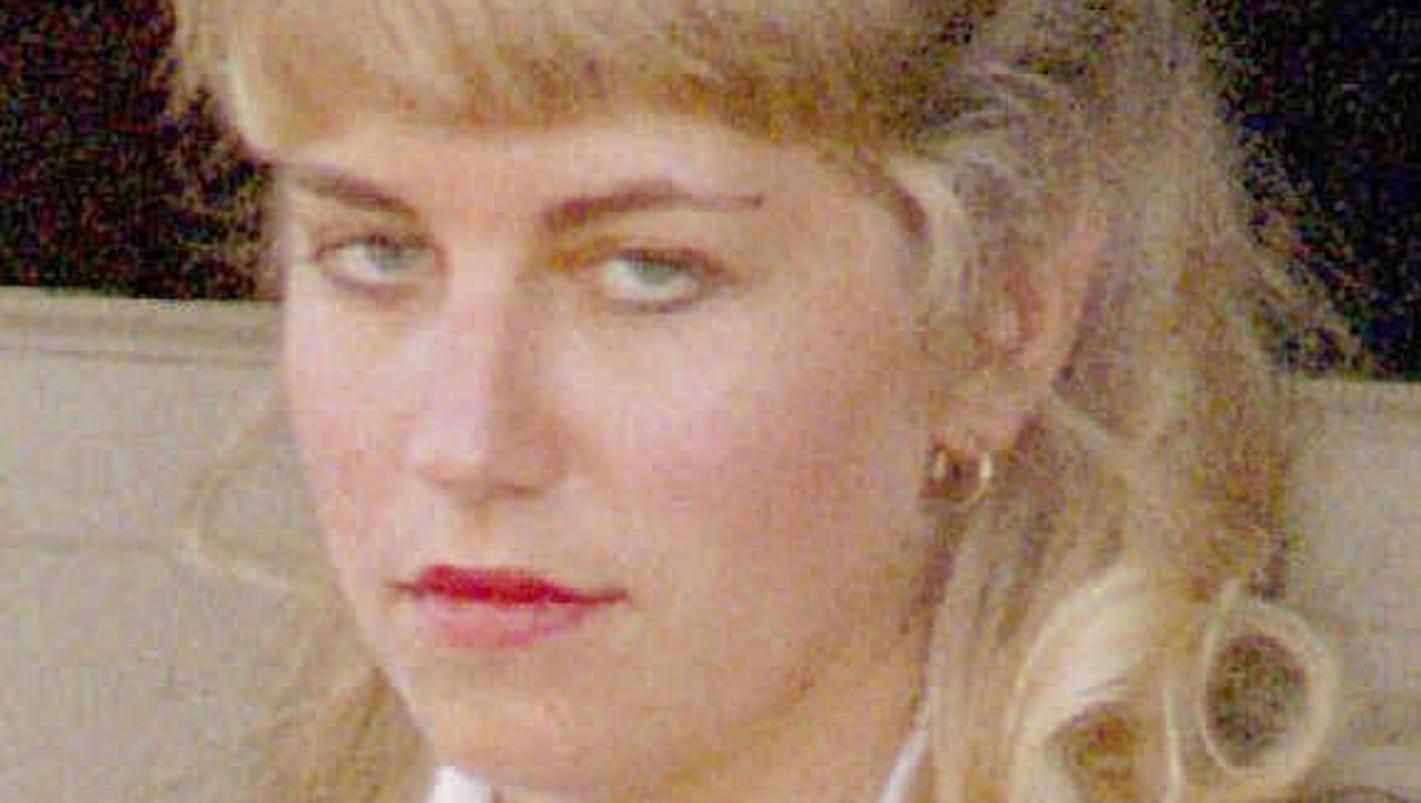karla homolka canadian serial killer essay Essay on paul bernardo and karla homolka: canadian rapists/murderers  the serial killer,  essay on serial killers and mass murderers.