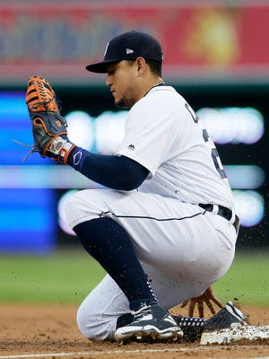Miguel Cabrera suffered a ruptured bicep tendon in Tuesday's loss that will require season-ending surgery.