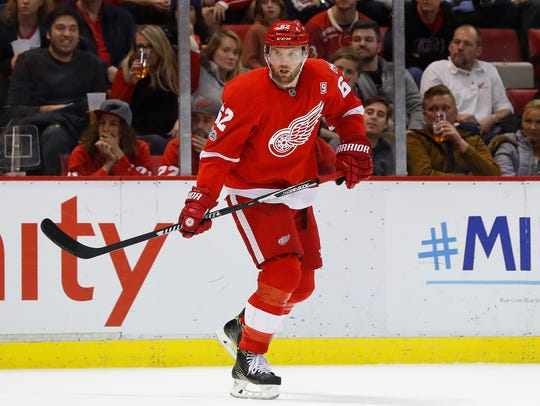 Detroit Red Wings left wing Thomas Vanek skates against