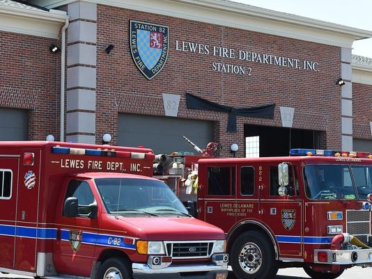 lewes.fallen.firefighter.press.conference