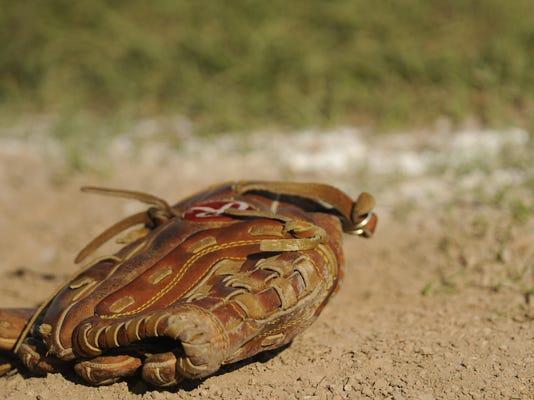 baseball or softball 02