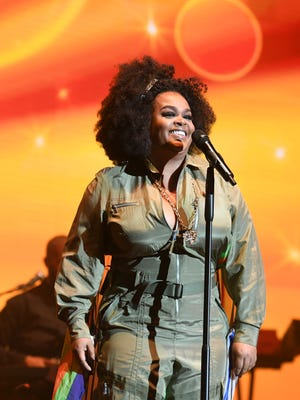 Singer/actress Jill Scott says Harvey Weinstein insulted her the first time they met.