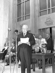 Gov. Charles Martin speaks at the dedication of the Oregon Capitol on Oct. 1, 1938.