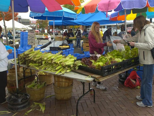 4 FRM FARMERS market.jpg