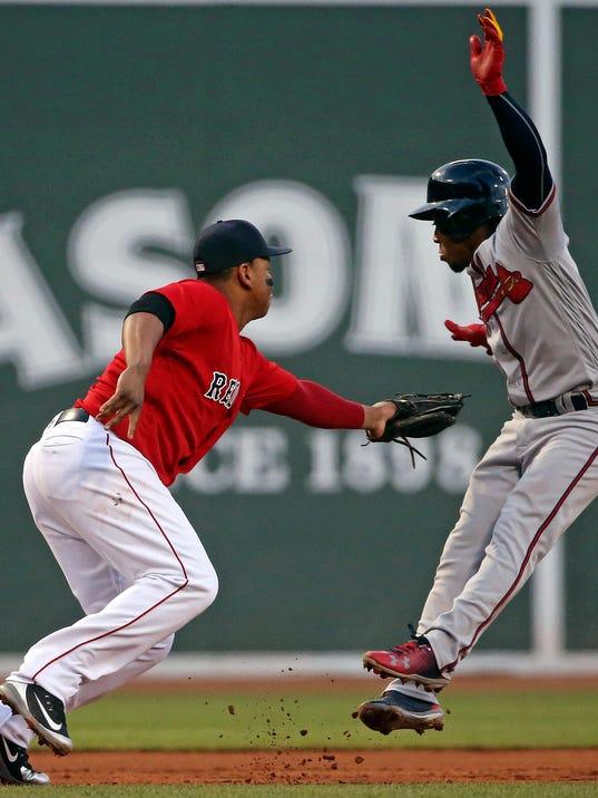 APTOPIX_Braves_Red_Sox_Baseball_83003.jpg