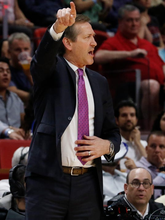 New York Knicks head coach Jeff Hornacek directs his team against the Miami Heat during the second quarter of an NBA basketball game Wednesday, March 21, 2018, in Miami. (AP Photo/Joe Skipper)