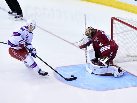 NHL: New York Rangers at Arizona Coyotes