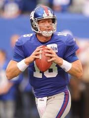 69668 Bergen, East Rutherford 9/12/2010   New York Giants new backup QB  Sage Rosenfels warms up before Sunday's 31-18 win over the Carolina Panthers at the New Meadowlands Stadium.  TYSON TRISH/STAFF PHOTOGRAPHER