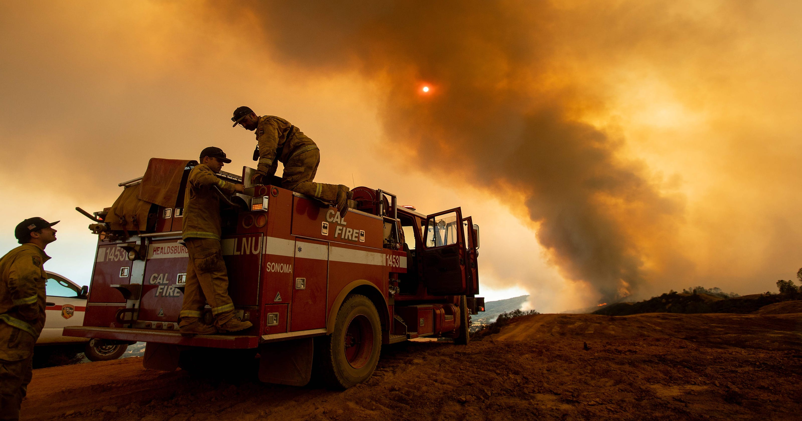 California fires: Mendocino Complex Fire largest in state history