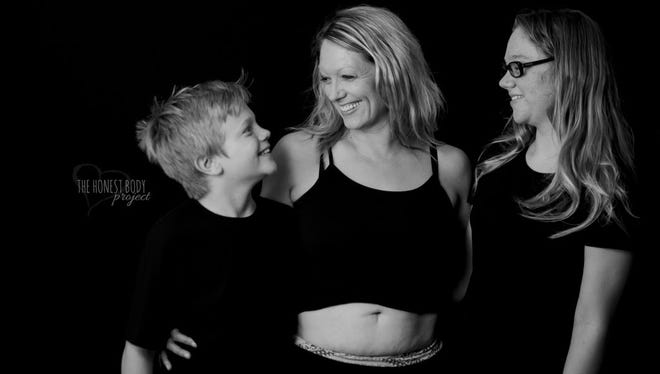 Momsense columnist and Space Coast Parent editor Sara Paulson recently took part in The Honest Body Project, a website devoted to celebrating the raw reality of motherhood.  A 41-year-old divorced mom of two, she felt it was important to write about her body image (and other) struggles.