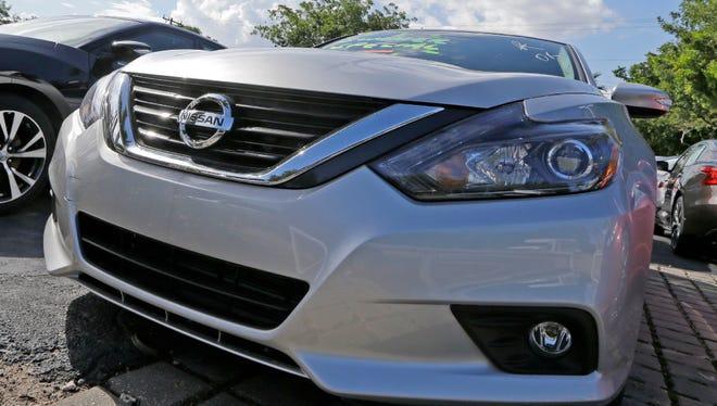 Black Friday sales helped boost automobile sales