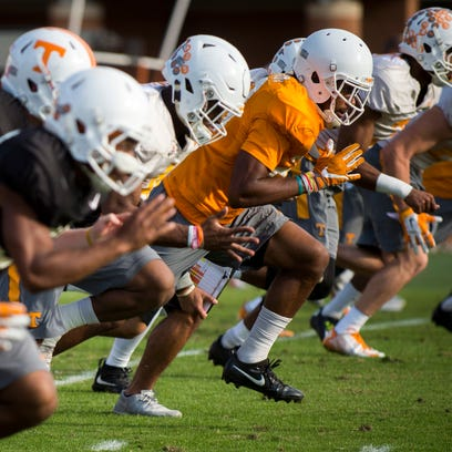 Photos: Tennessee football practice (Oct. 25, 2016)