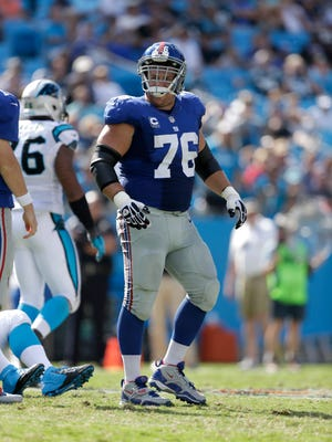 New York Giants' Chris Snee (76) against the Carolina Panthers during the second half of an NFL football game in Charlotte, N.C., Sunday.
