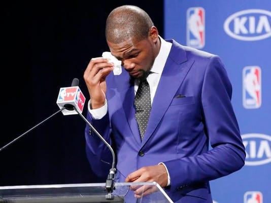 Durant_MVP_Basketball_Ditt.jpg