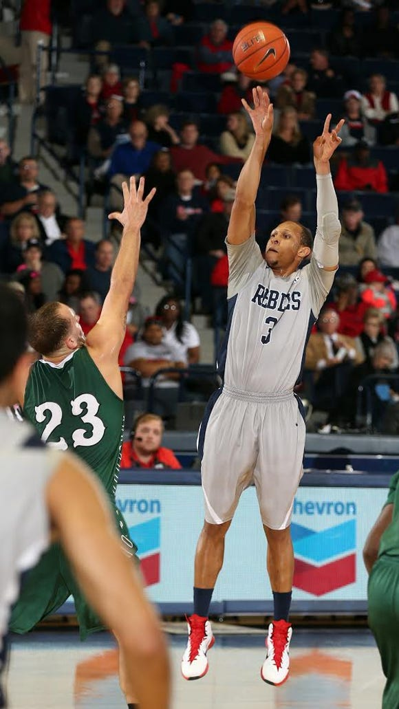 Ole Miss guard Terence Smith