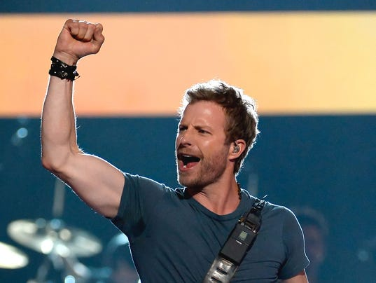See Dierks Bentley Free At Gilbert Whiskey Row Today