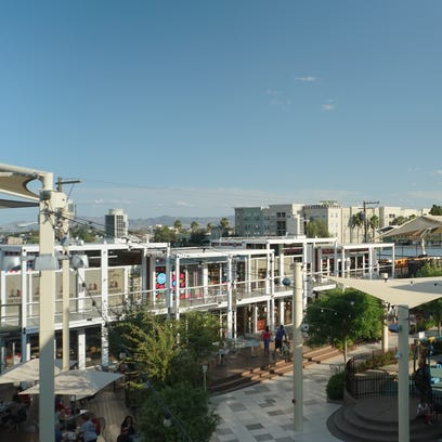 Video: Downtown retail center made from shipping containers