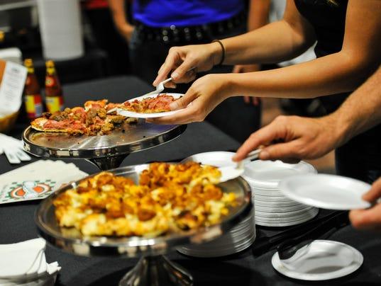 636065366112499596-food.jpg