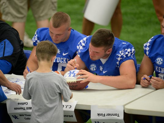 Kentucky Foootball | Tight end C.J. Conrad poised for ...