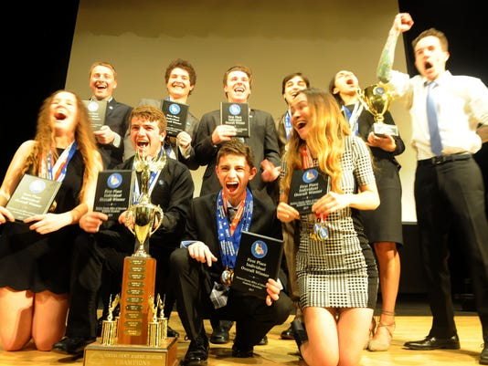 Academic-decathlon-awards-2.jpg