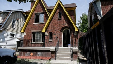 Stephen Henderson: How to rebuild Detroit? One block at a time