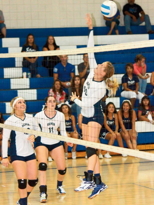 Danny Udero/Sun-News   The Silver High volleyball team will have mostly new players on varsity as only three student-athletes will return from last year.